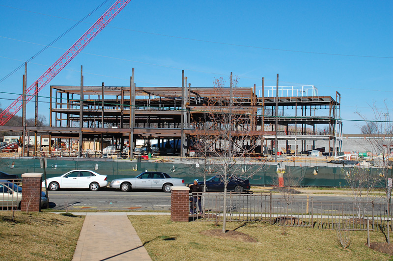 The iron work is slowly expanding towards Dinwiddie St.
